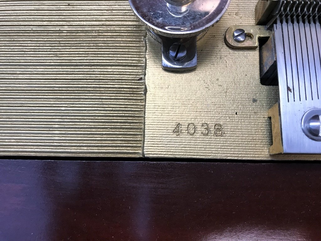 1860 New Century Music Box & 17 Discs - 8