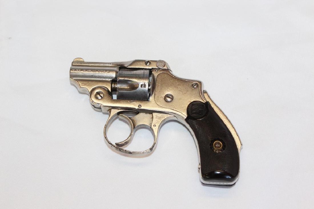 Smith & Wesson 32 Caliber Top Break, 5 shot - 2