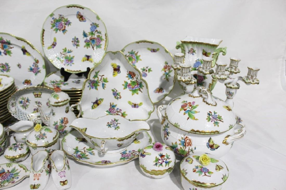 Set of 86 Herend Queen Victoria Pattern China - 2