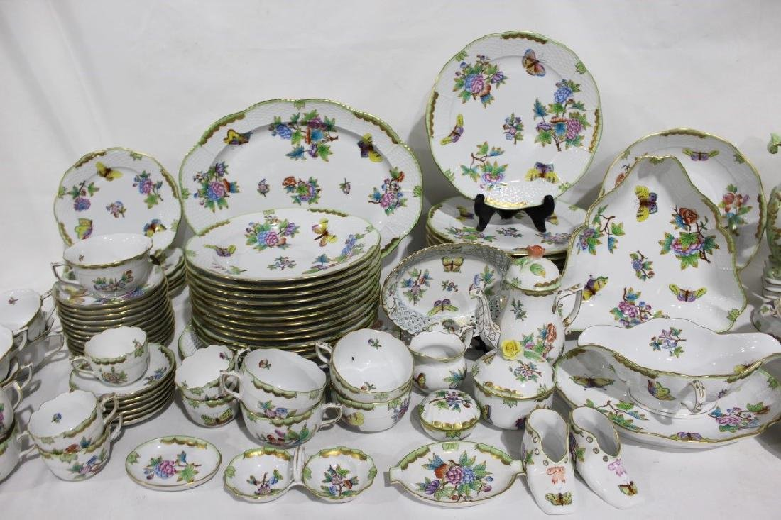 Set of 86 Herend Queen Victoria Pattern China - 3