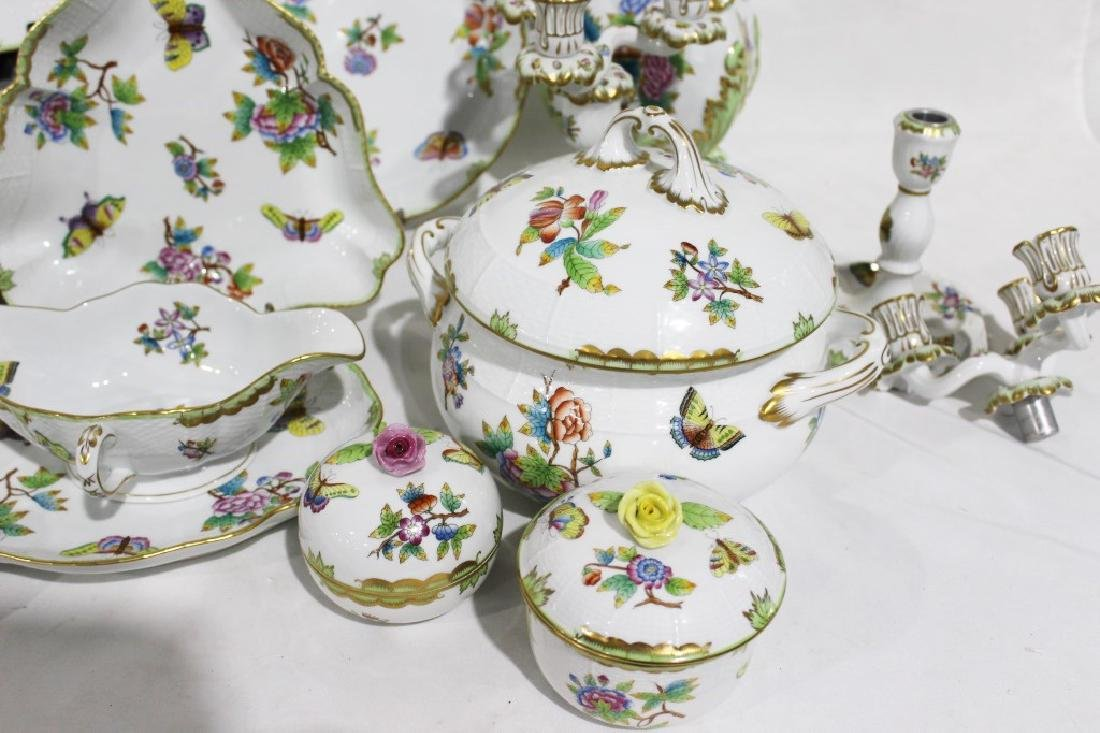 Set of 86 Herend Queen Victoria Pattern China - 9