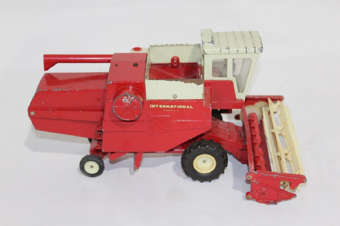 Vintage Ertl International Harvester Die Cast Metal