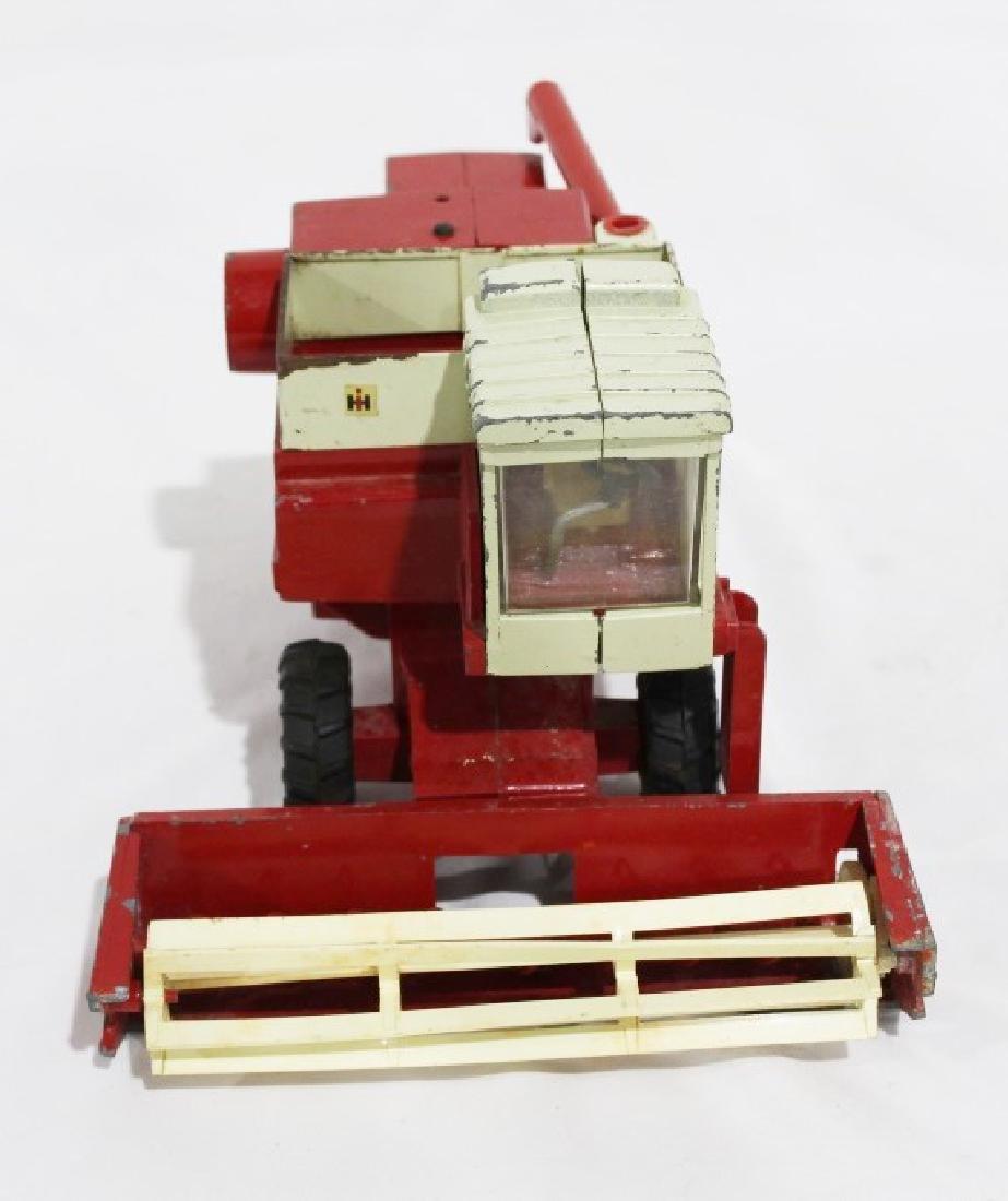 Vintage Ertl International Harvester Die Cast Metal - 2