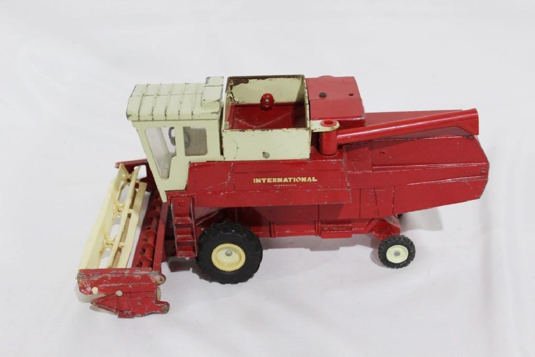 Vintage Ertl International Harvester Die Cast Metal - 3