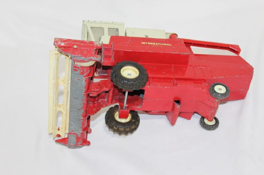 Vintage Ertl International Harvester Die Cast Metal - 4