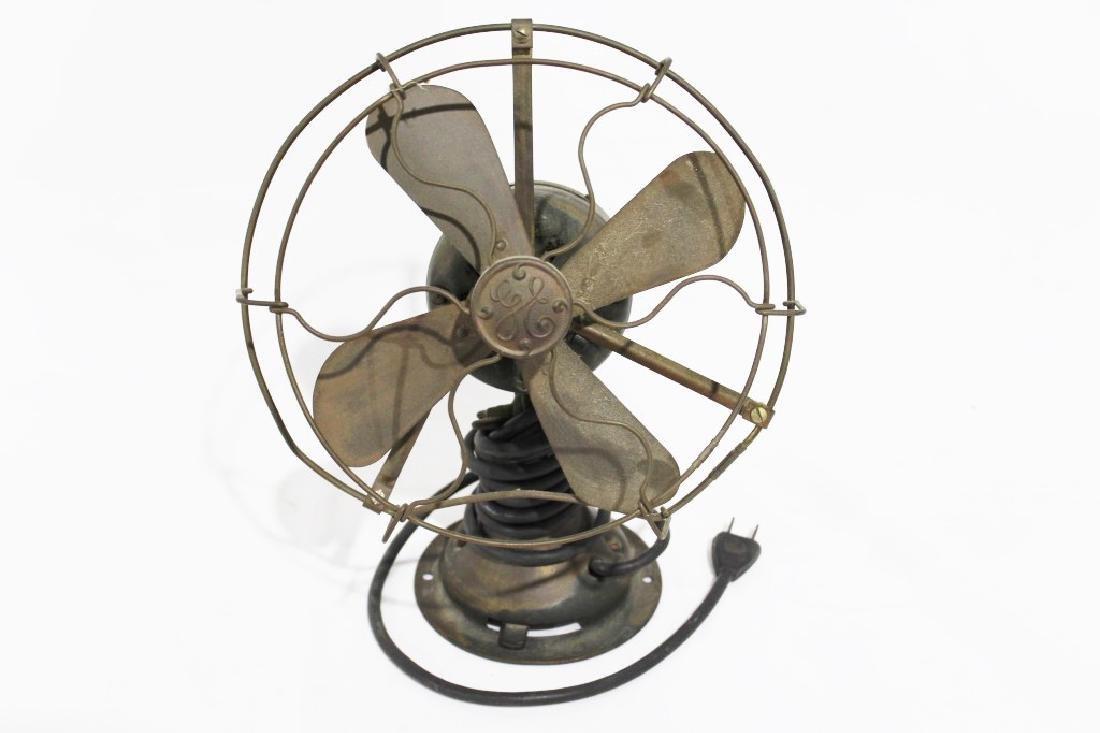Vintage GE Small Desk Fan