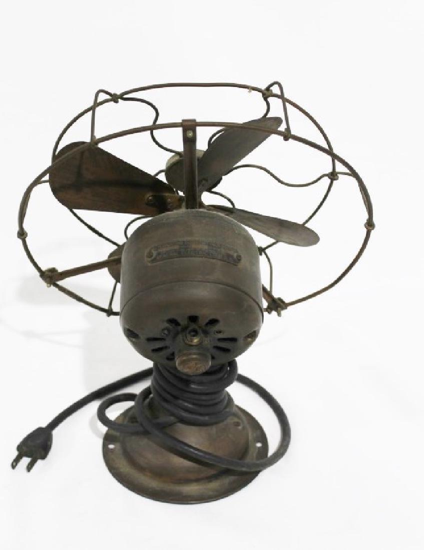Vintage GE Small Desk Fan - 2