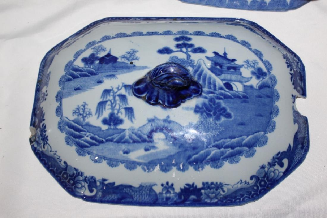 Blue Willow Soup Tureen with Hogs Head - 5