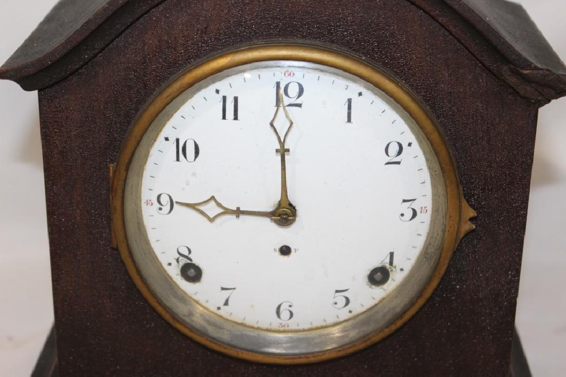 Antique Mahogany Seth Thomas Mantle Clock with Key - 2