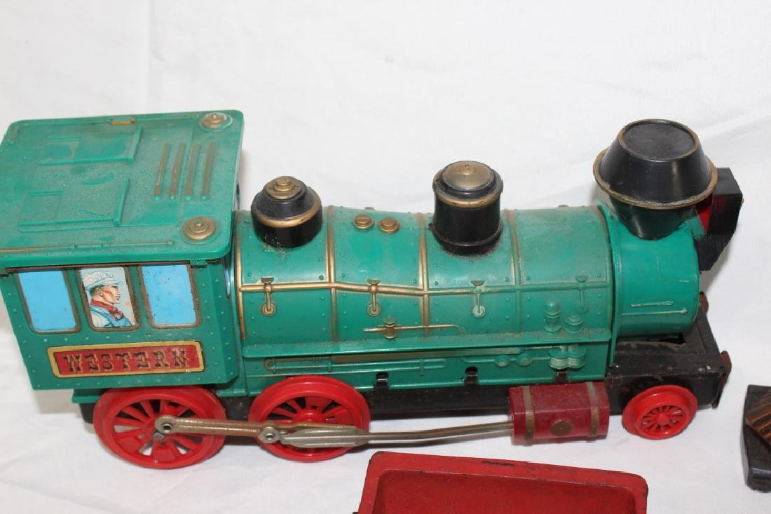 VTG Toy Train Lot & Train Bookends - 3