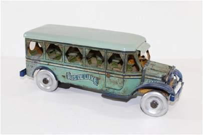 Ferdinand Strauss Bus Deluxe #105 Wind UP tin Toy