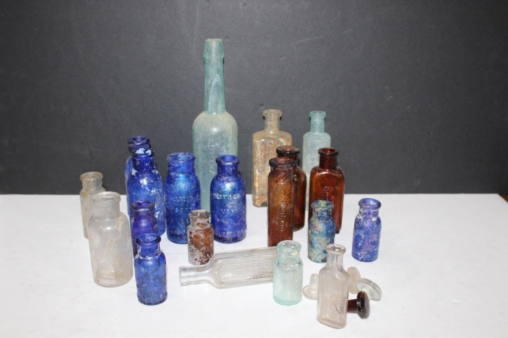 Large lot of antique apothecary bottles