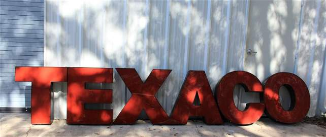 NEON TEXACO SIGN ADVERTISING SIGN LETTERS
