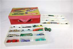 VTG Lot of Hot Wheels in Collectors Case