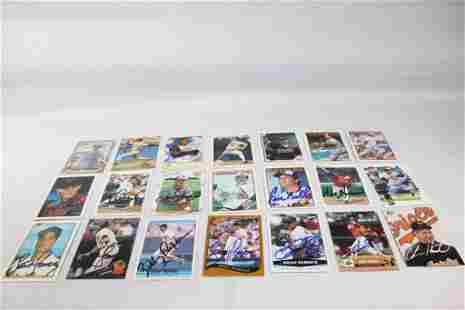 21 SIGNED BALTIMORE ORIOLES BASEBALL CARDS
