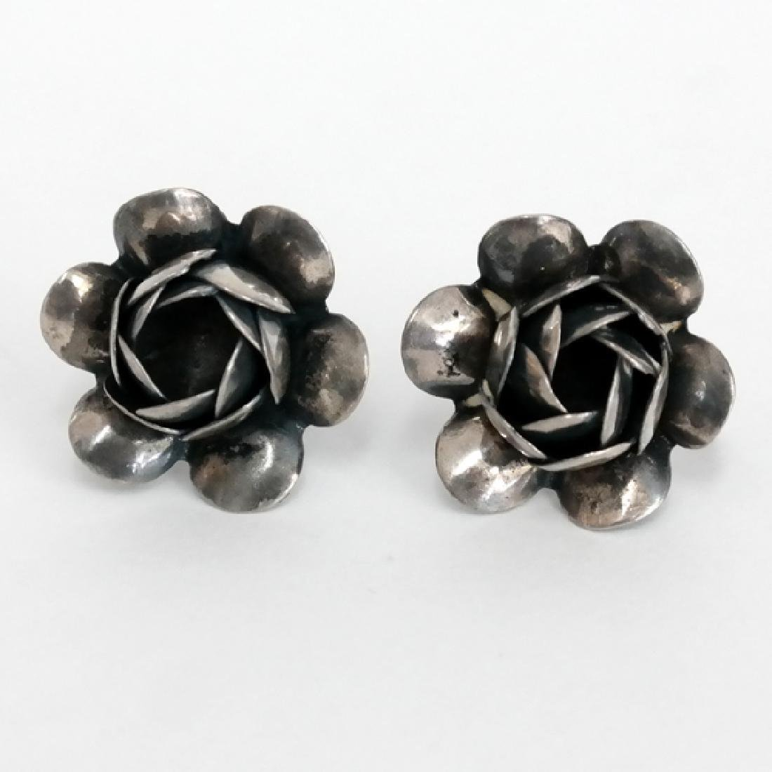Vintage oxidised sterling silver rose shape ear clips