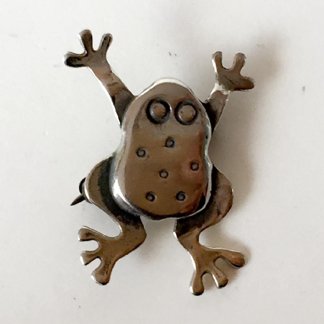 Sterling oxidized silver FROG shaped brooch