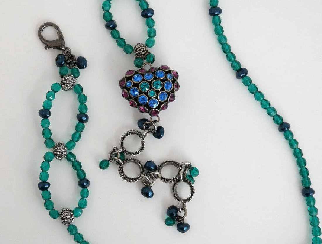 Teal color faceted and black faux pearl beads necklace - 5