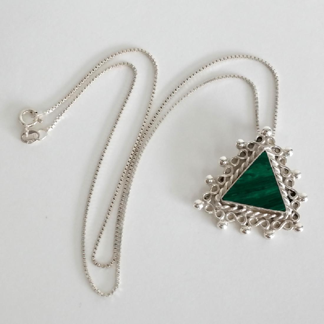 Sterling silver box chain and triangle shape malachite