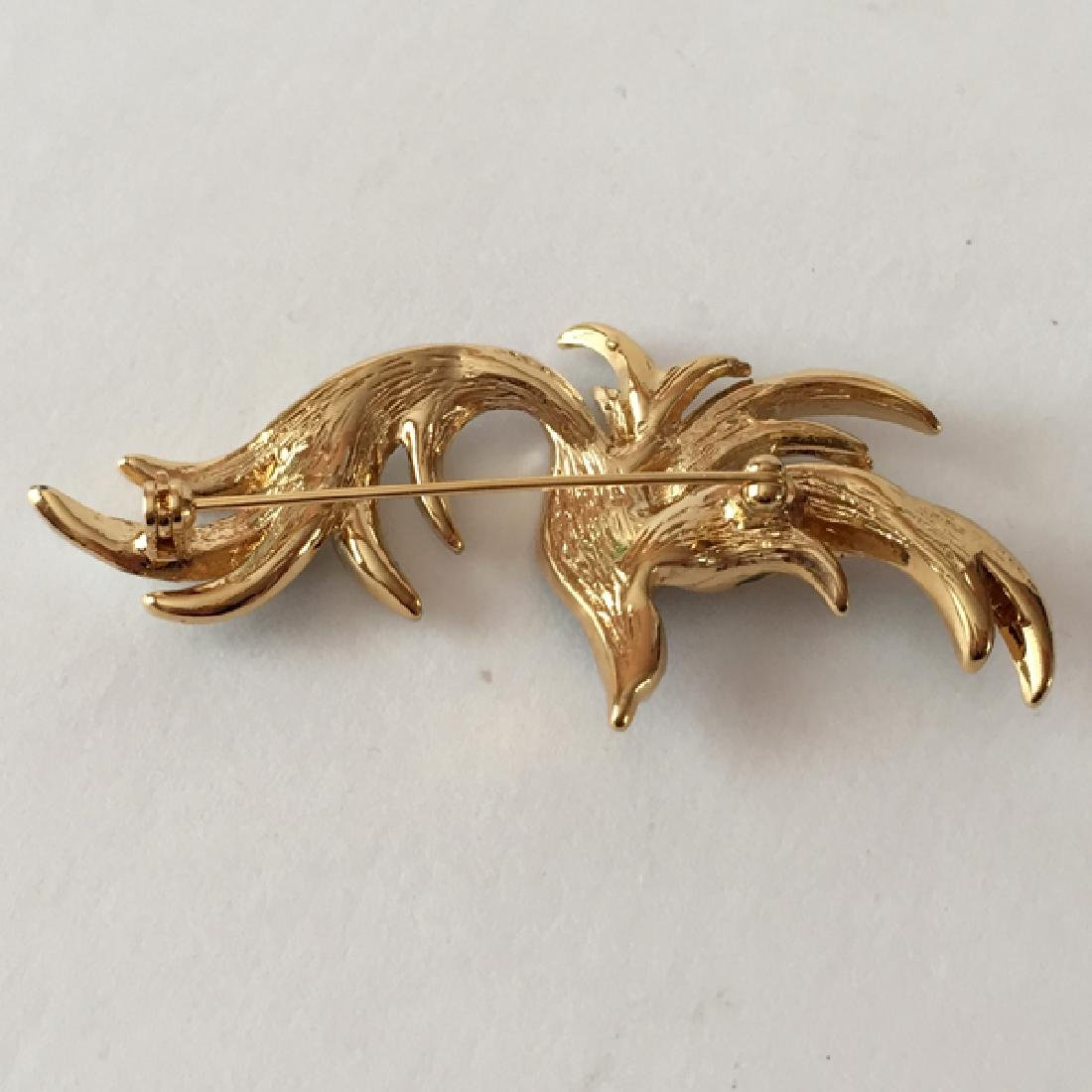 Gold plated FLYING BIRD shaped brooch with white - 3