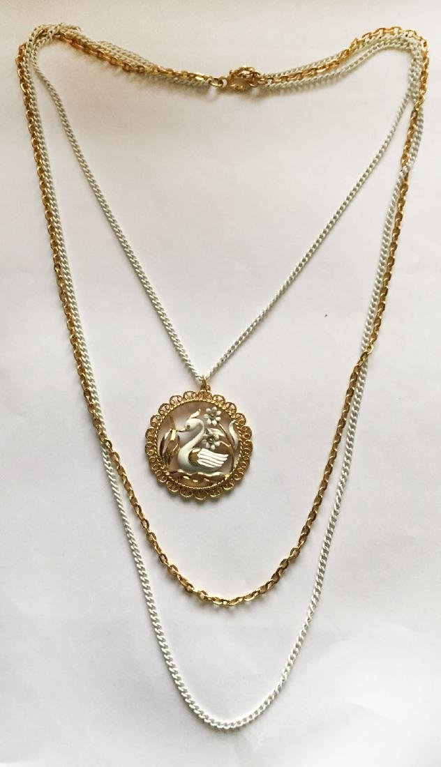 Gold plated and white color chains and same matching in
