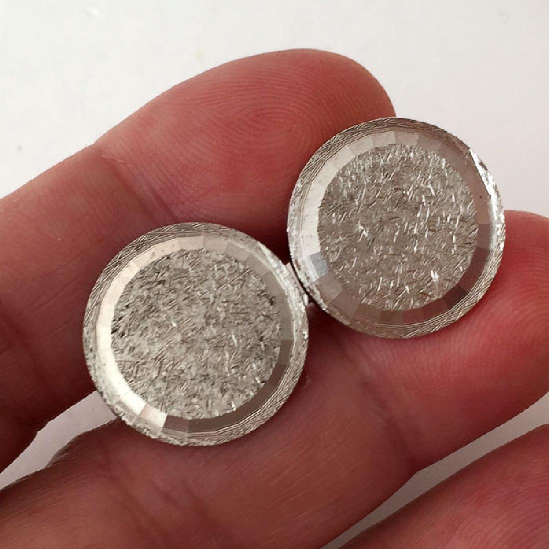 Sterling silver textured and shiny finish round