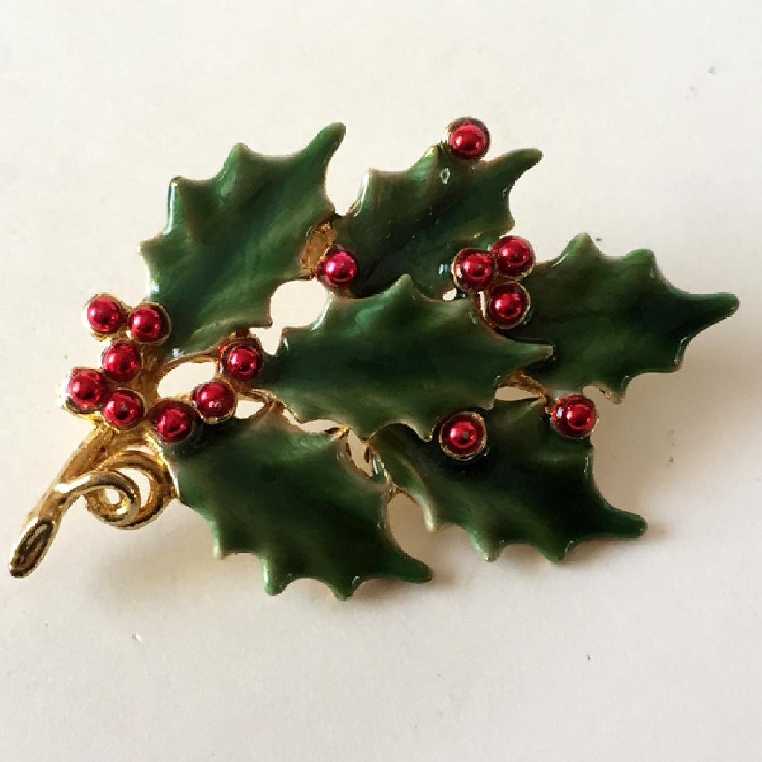 Gold plated CHRISTMAS THEMED brooch with red and green - 3