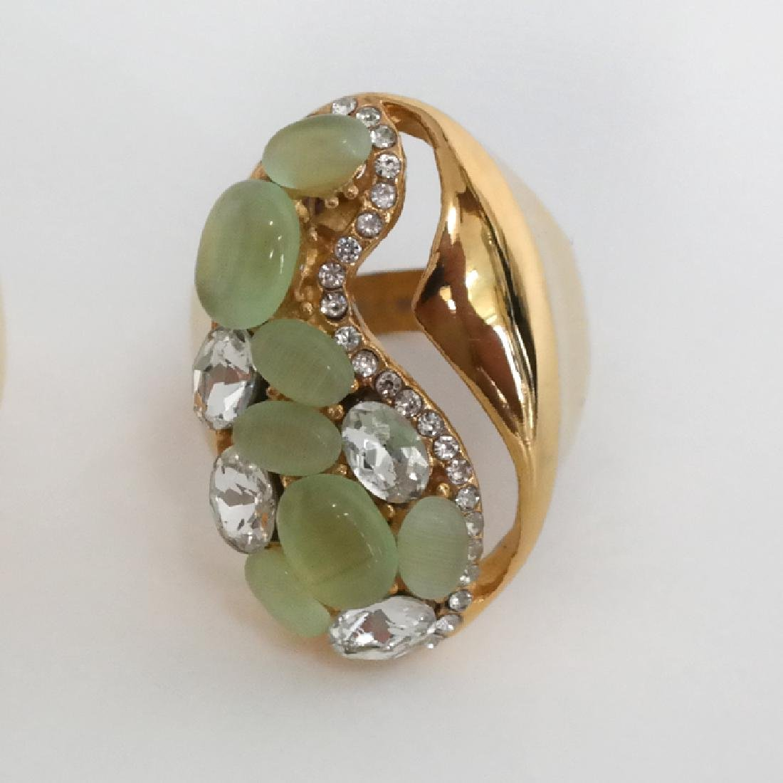 Gold plated salad green cat eye and blue and white