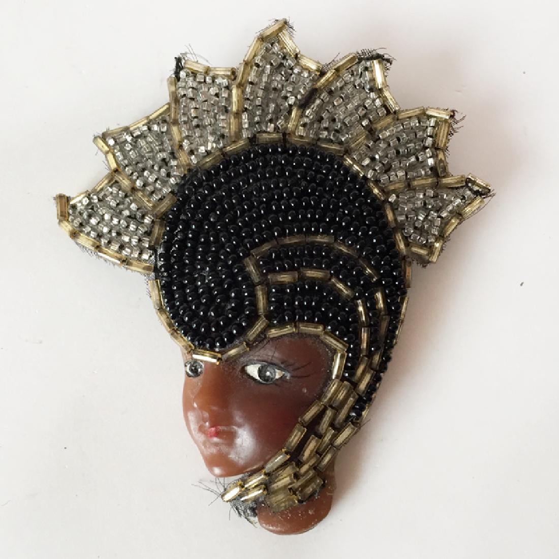 African - American LADY FACE shaped brooch with hand - 3