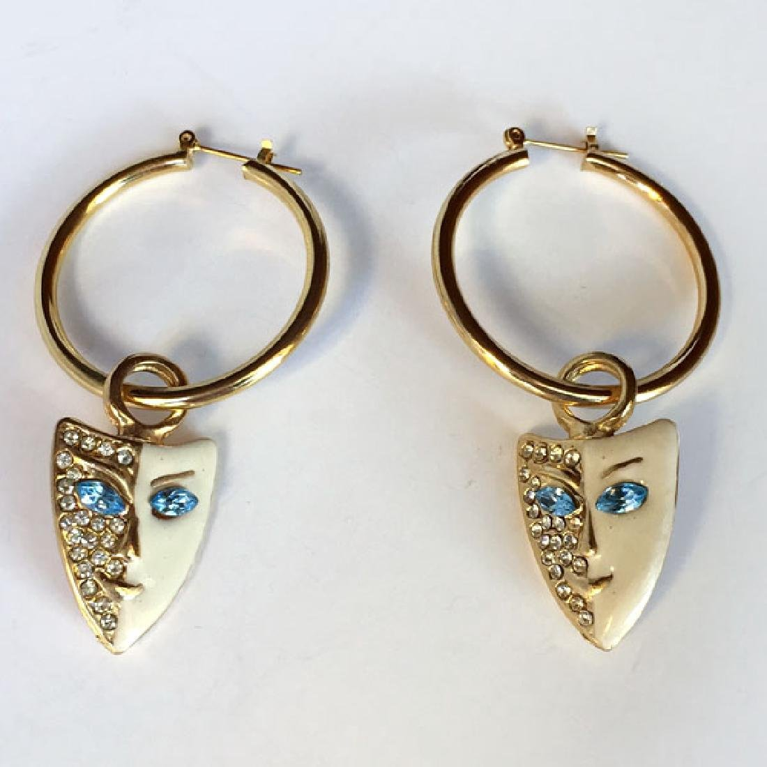 Gold plated hoop earring with dangling enameled with
