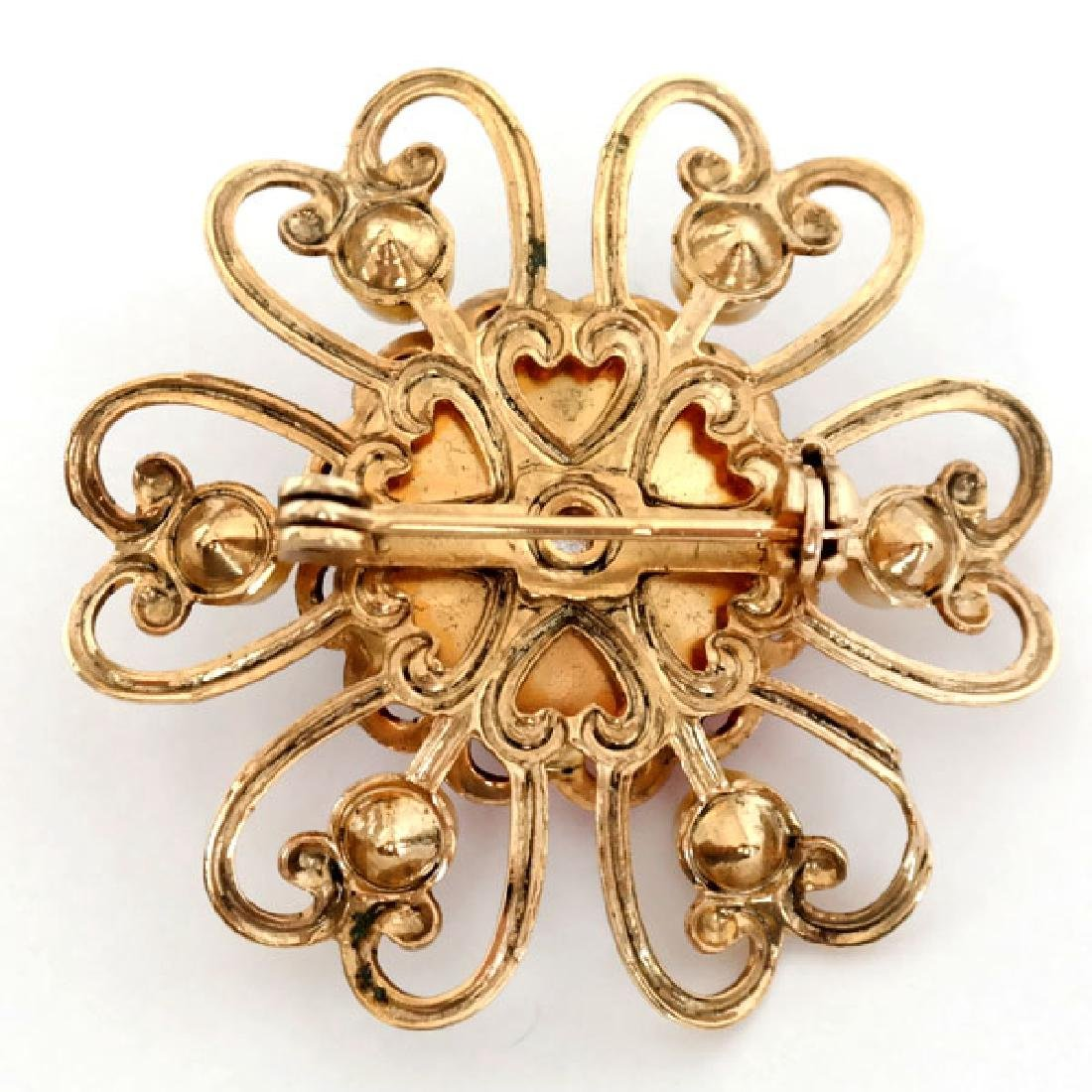 Gold plated round brooch pin with round ruby color - 2