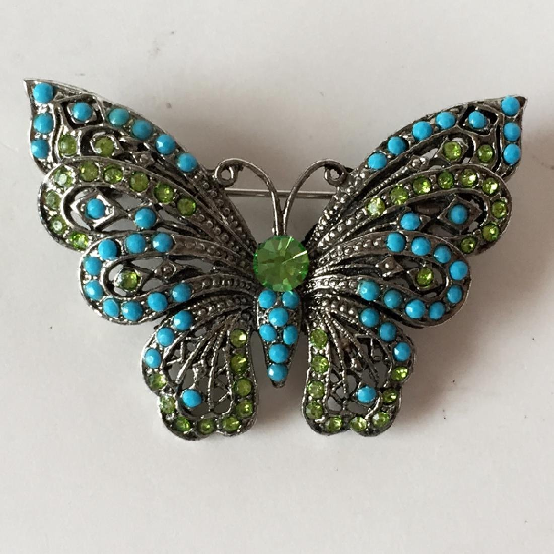 Silver tone BUTTERFLY shaped brooch with rhinestones - 3