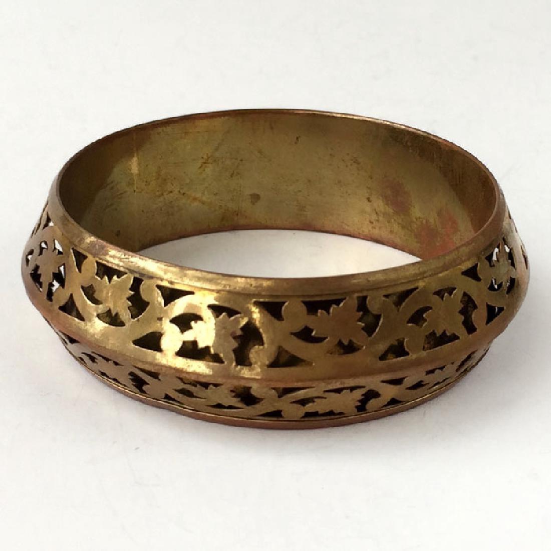 Vintage bangle bracelet antique color with nice design