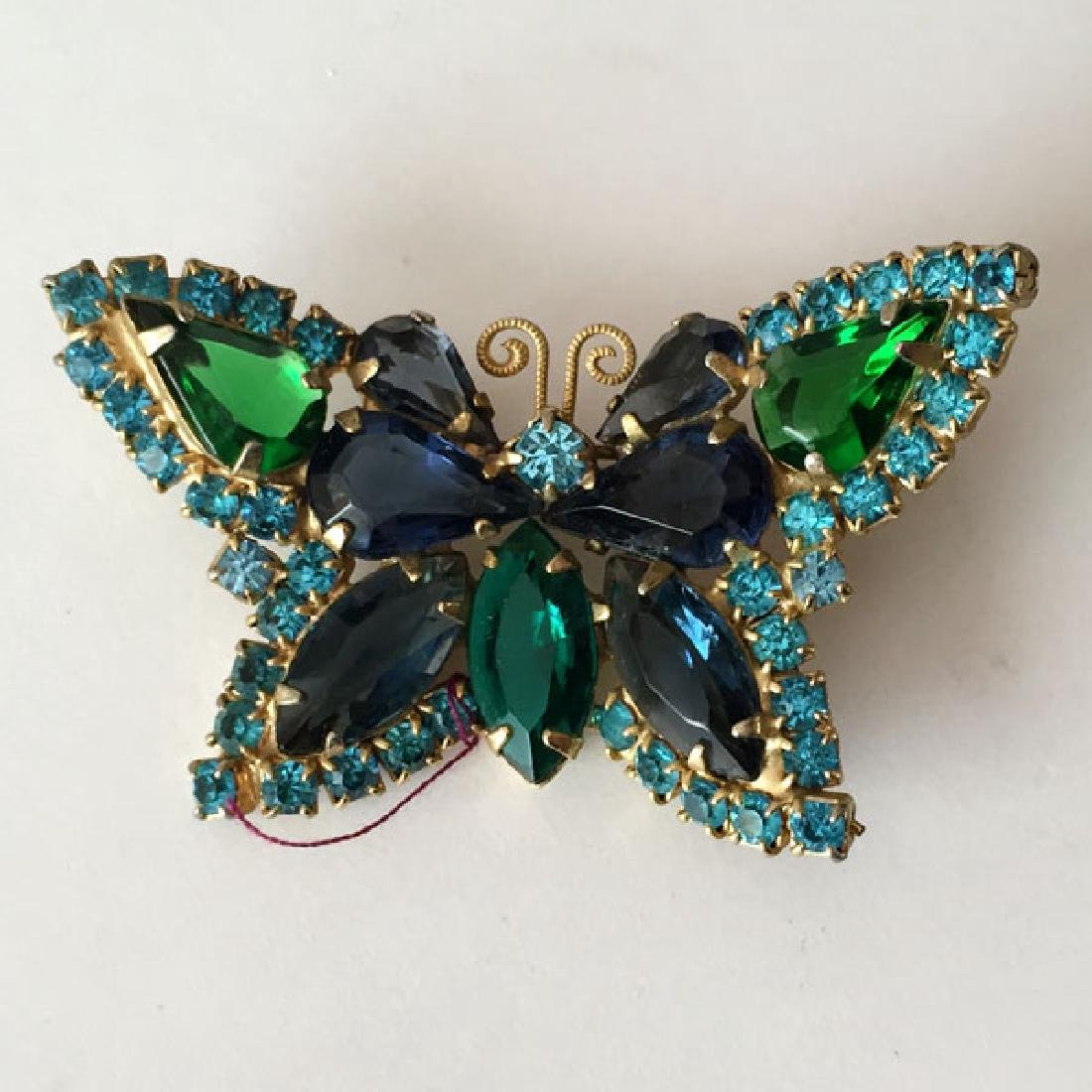 Vintage gold plated BUTTERFLY shaped brooch with prongs - 3