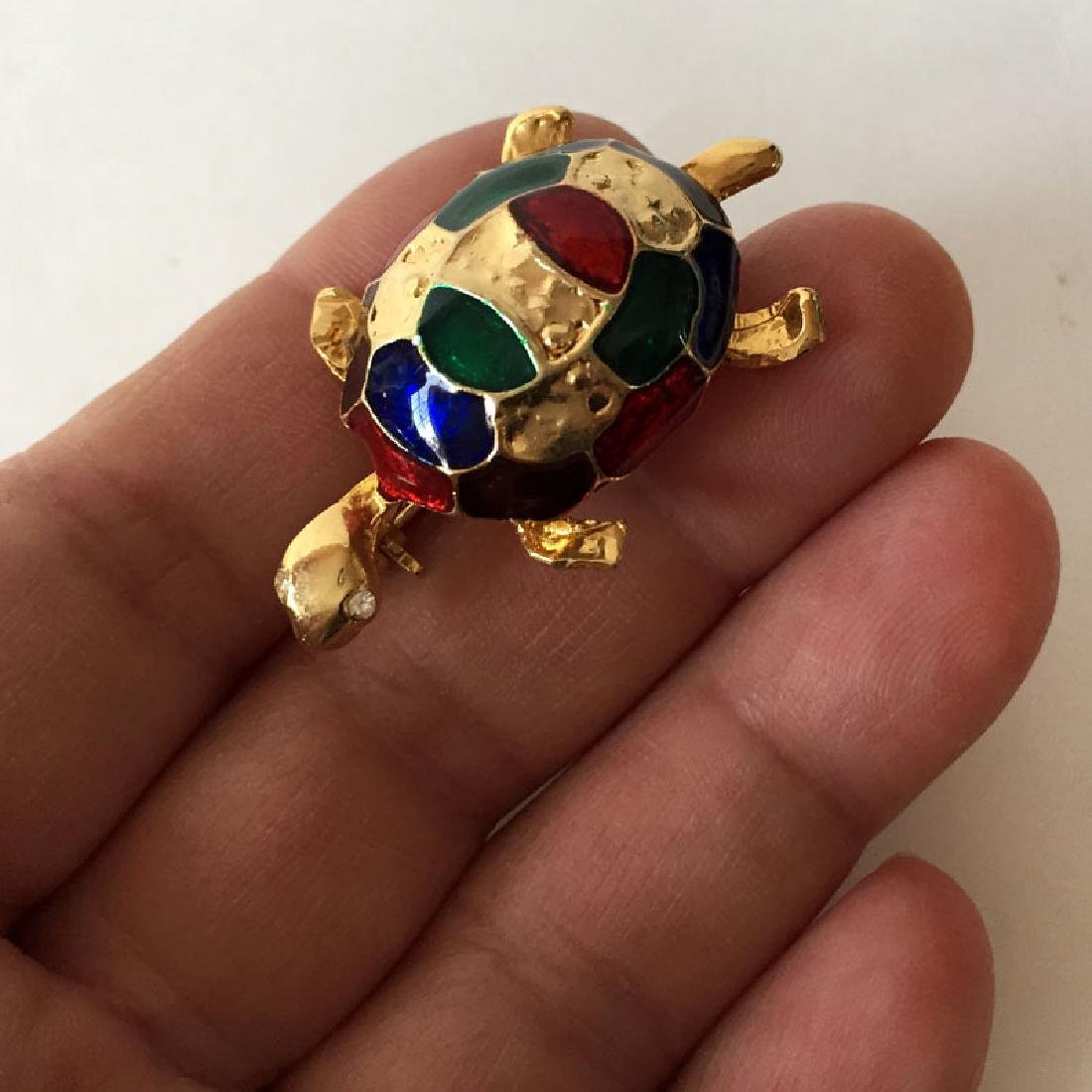 Gold plated TURTLE shaped brooch with multi color - 4