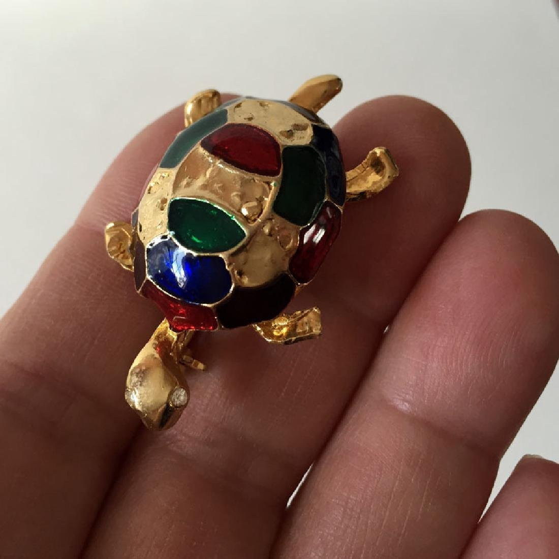 Gold plated TURTLE shaped brooch with multi color