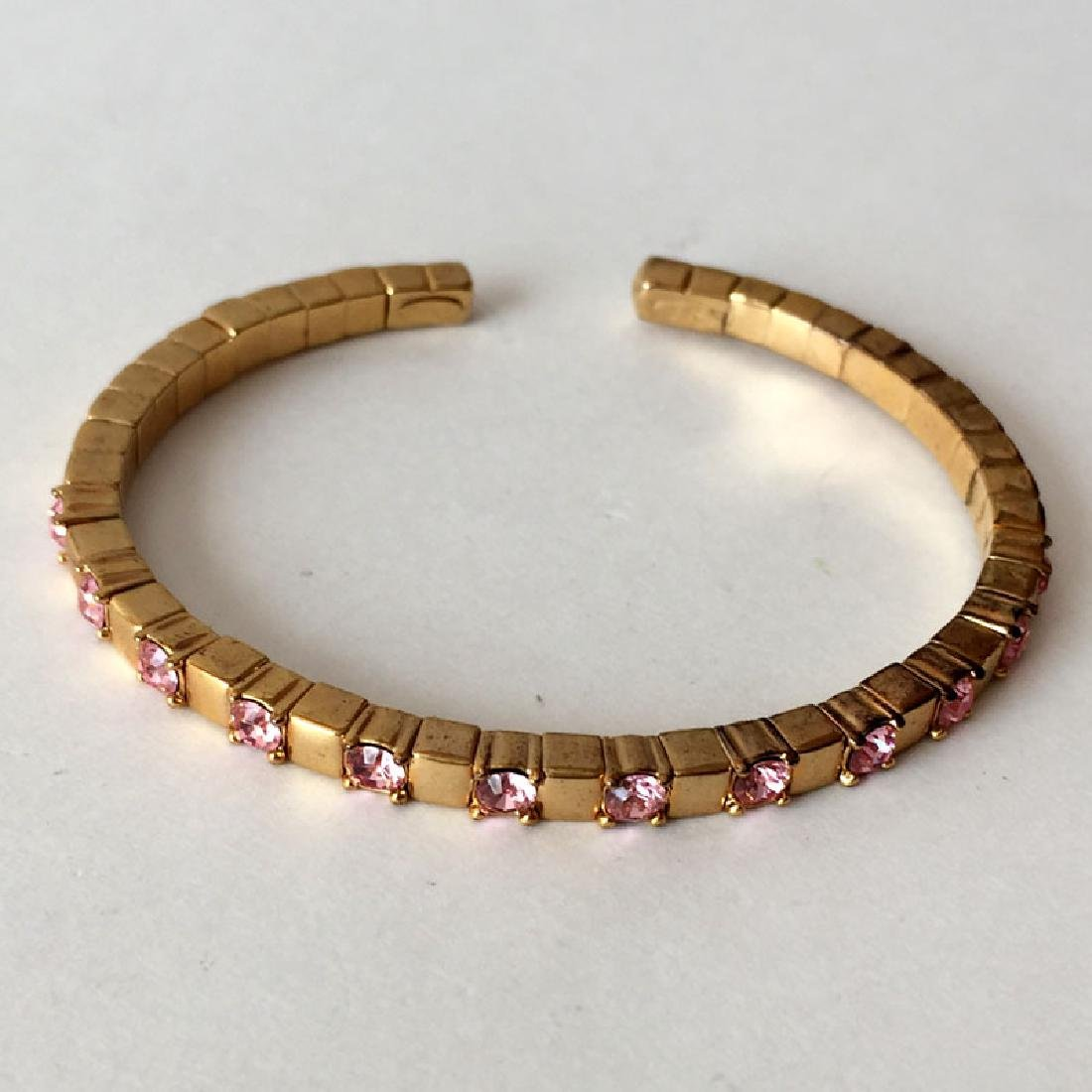 JR CHINA: Gold plated cuff flexible bracelet with pink
