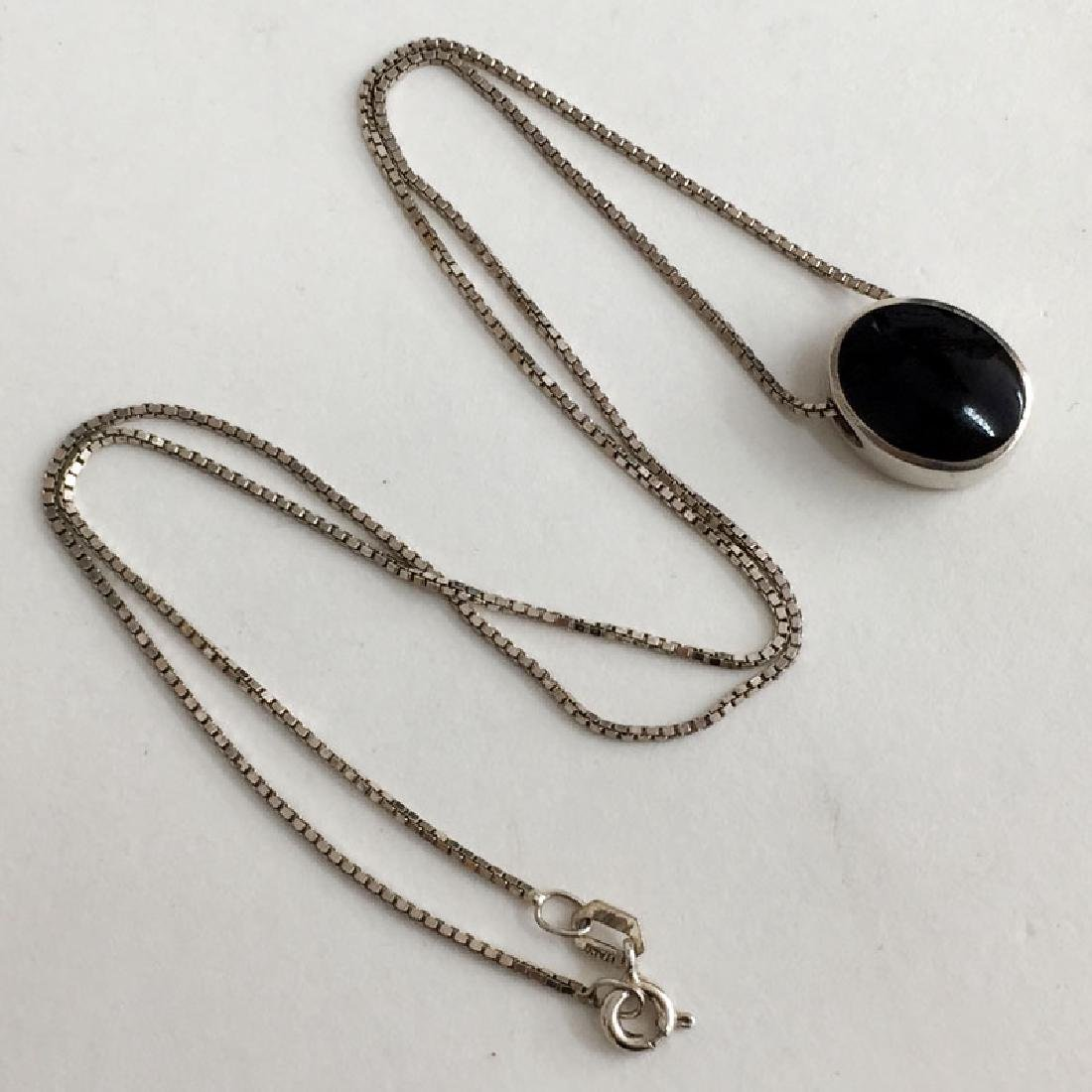 Sterling silver box chain with sliding black onyx and