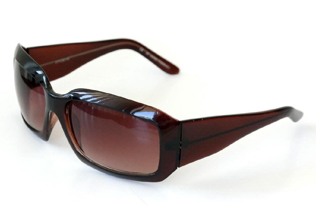 DYCE HAND POLISHED brown plastic frame with gradient