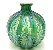 Green Art Glass Vase, Unsigned.