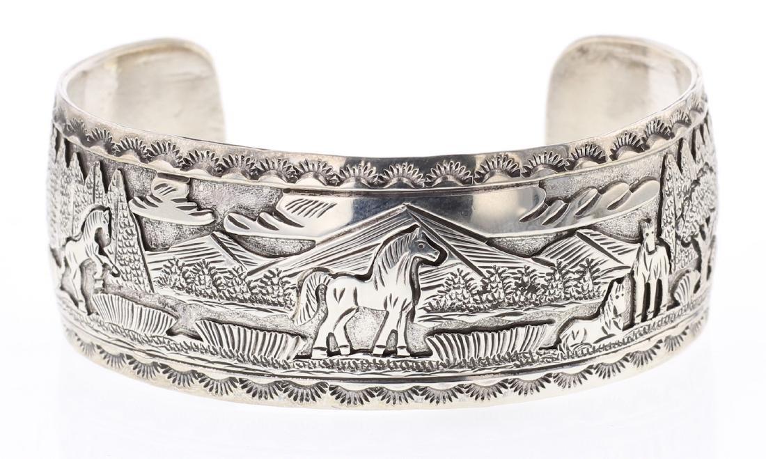 June Defaito Masterpiece Story Teller Design Bracelet