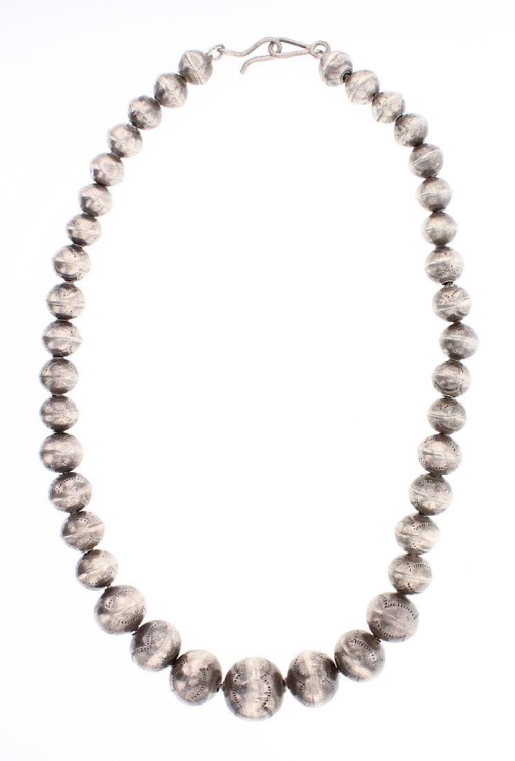 Vintage Old Pawn Graduated Beads Necklace