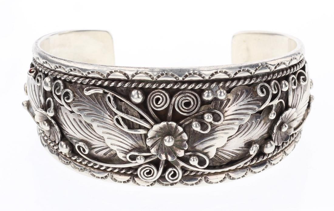 James Vintage Flower & Leaf Bracelet