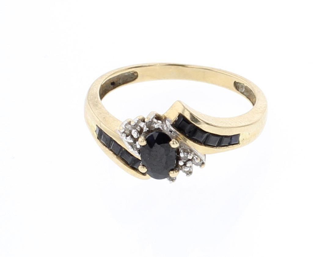 Vintage 10K Gold & Diamond Ring