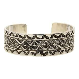 Navajo Rug Patter Stamp Plain Silver Cuff Bracelet