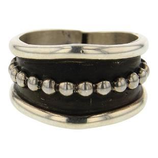 Tom Hawk Plain Silver Bead Wire Ring