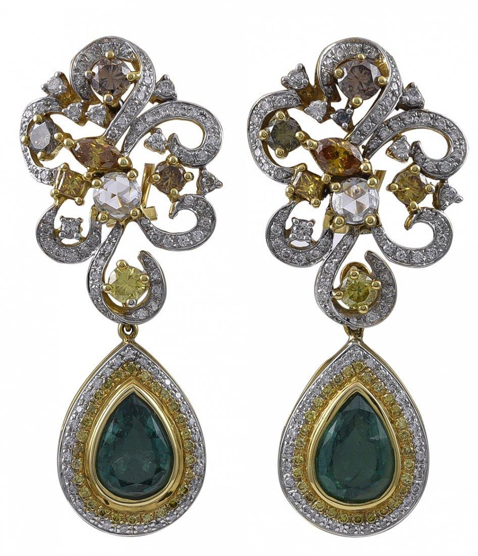 Fashionable Emerald and Diamond Dangle Earrings