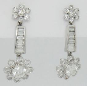 Beautiful 3.40TCW Diamond & 18k White Gold Dangle Drop