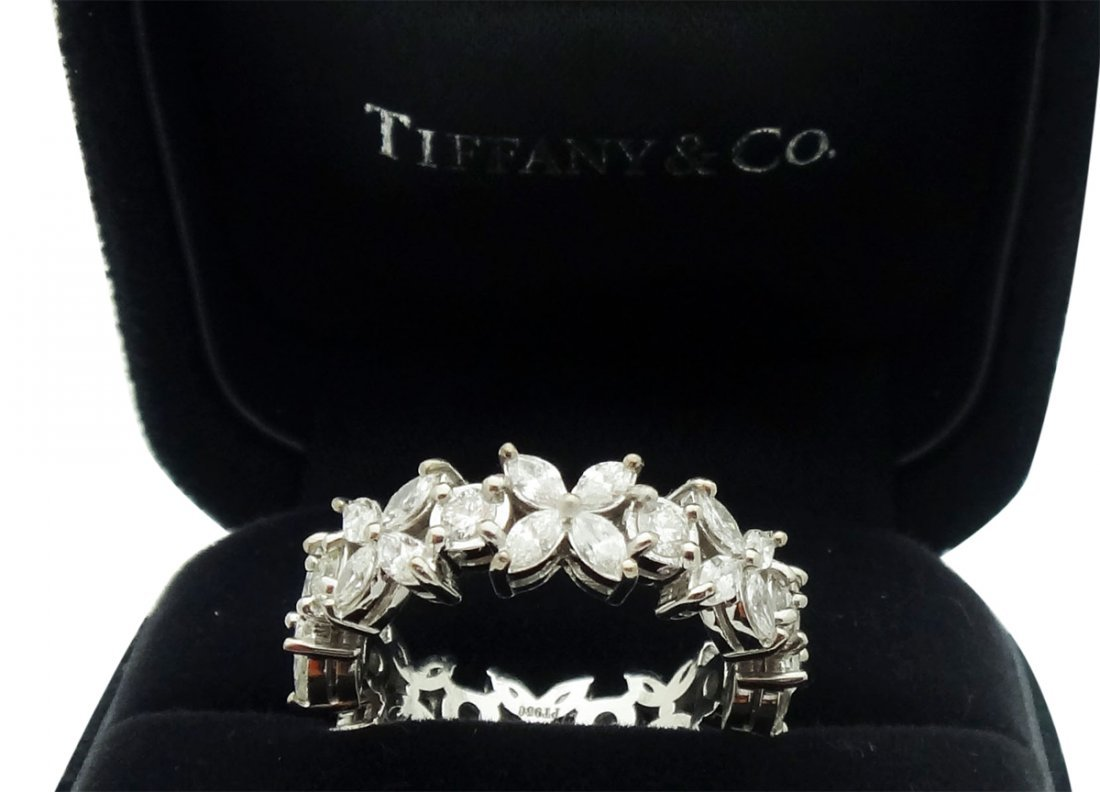 Tiffany & Co Victoria Alternating Diamond Band Ring