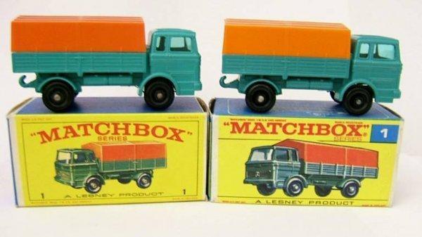 1: 1E Mercedes Trucks x 2 & 2D Mercedes Trailers x 2